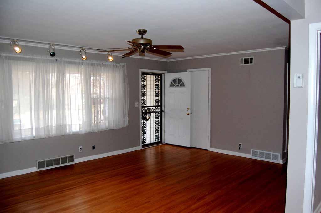 3 bedroom move in ready midtown tulsa near braden park 506 south norwood avenue tulsa ok. Black Bedroom Furniture Sets. Home Design Ideas