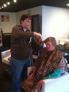 Chris Tesh, Centric Salon, cutting Lori's hair