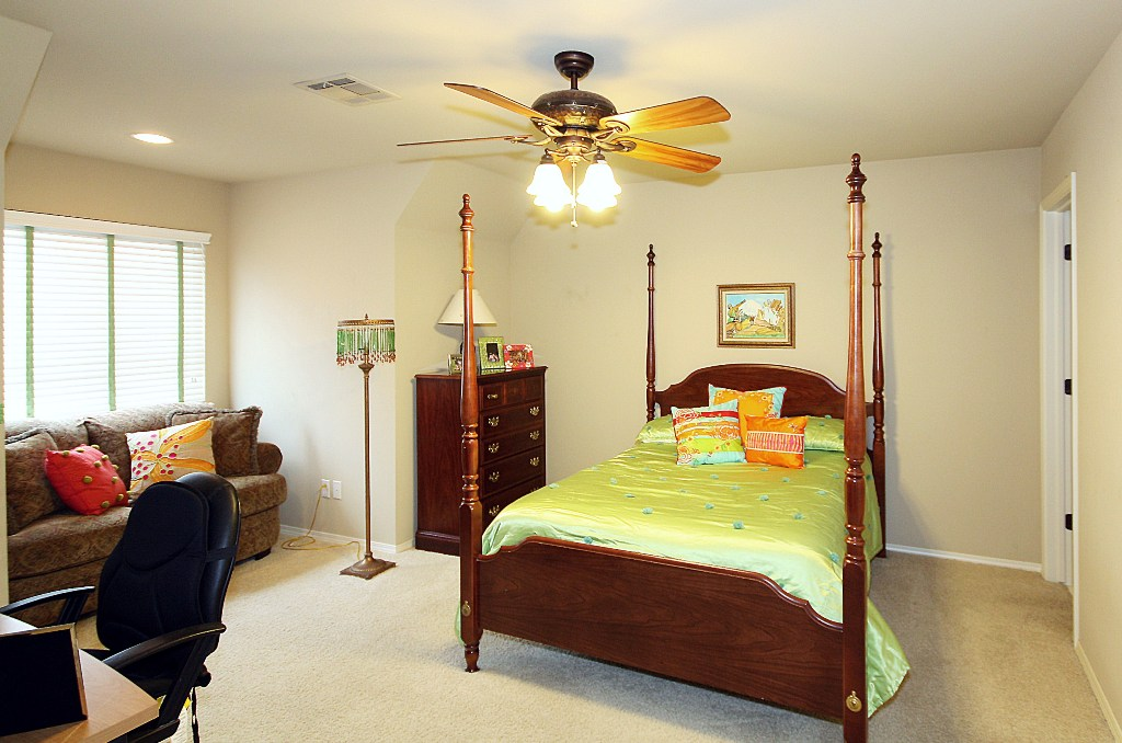 3rd bedroom up in 4-bedroom tulsa home for sale in jenks schools
