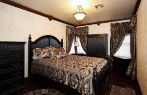 Bedroom south-east corner