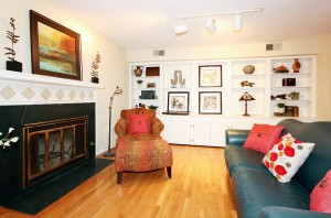 Living area in midtown Tulsa townhouse for sale