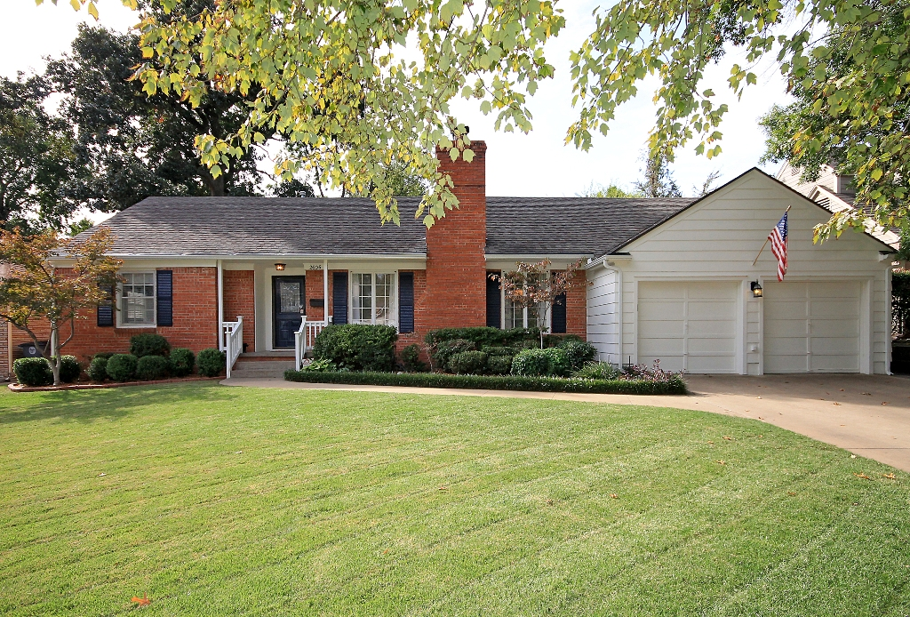 Midtown Tulsa Home For Sale Near Cascia Hall And Utica Square