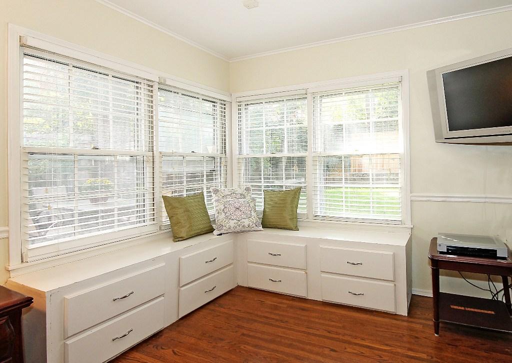 master bedroom corner builtins, seating and storage