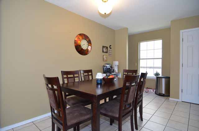 image of dining room in Broken Arrow home for sale