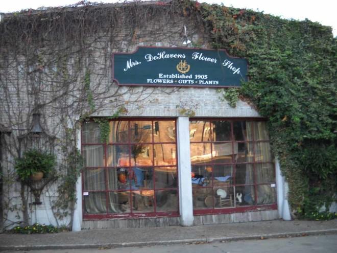 Mrs Dehavens flower shop midtown tulsa