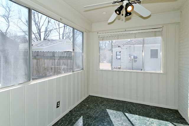 sunroom off kitchen