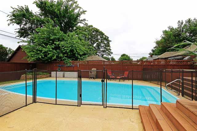 25 pool with fence