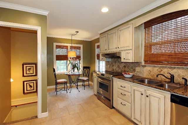 kitchen towards nook