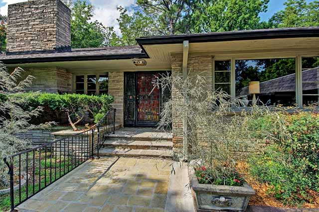 Vintage Mid Century Modern Ranch In Midtown Tulsa