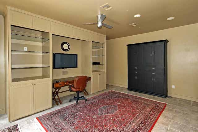 13 office with murphy bed