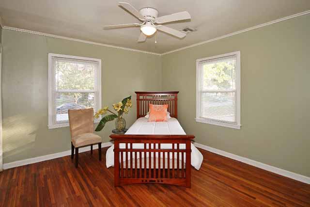 corner bedrooms