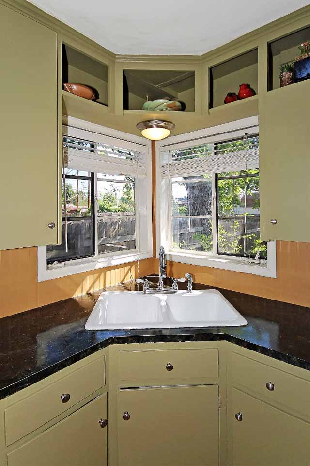 4 Bedroom 2 Bath Home For Sale Near Tulsa River Parks