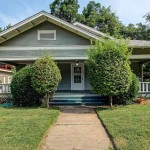 Craftsman Bungalow in Maple Ridge – midtown Tulsa