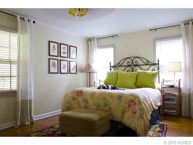 Large master bedroom with 2 separate walk-in closets.