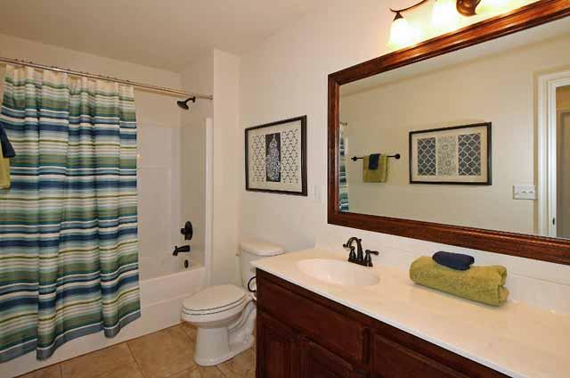 hall bath 2nd floor