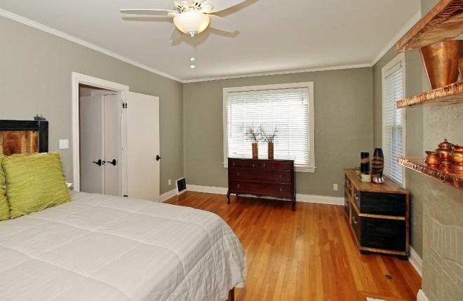 16 master bedroom b