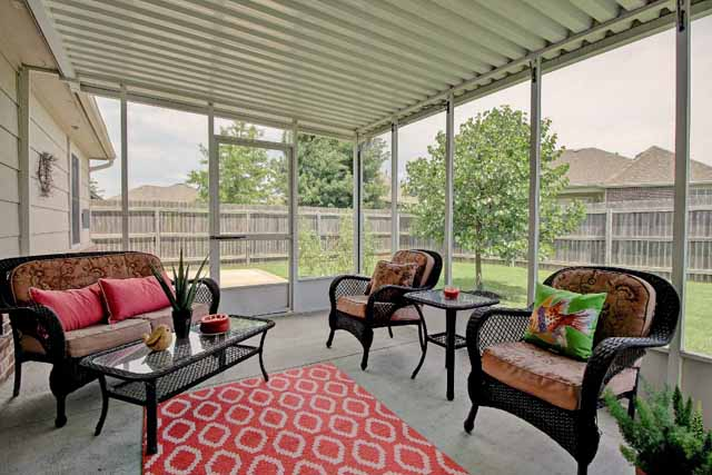 screened porch to yard