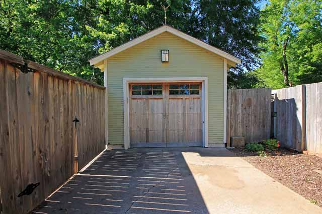 side-entry detached garage